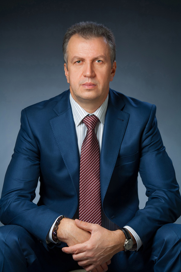 Леонтенко Виктор Викторович, Юридические услуги